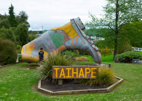 iconicnz0014, taihape's giant gumboot